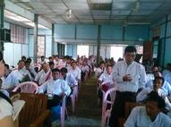 Presentation Shwe Thee Nhan to farmers